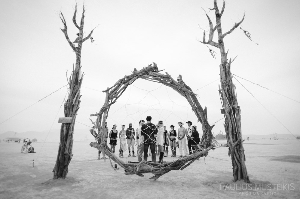 burning_man_wedding_photography_Queens_And_Hearts_wedding_photojournalism_DSC_4645