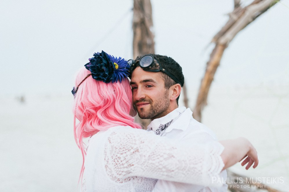 burning_man_wedding_photography_Queens_And_Hearts_wedding_photojournalism_DSC_4753