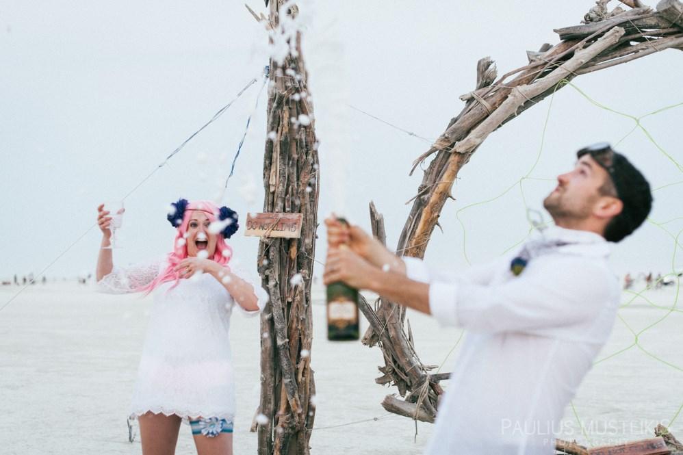 burning_man_wedding_photography_Black_Rock_City_wedding_photojournalism_DSC_4768