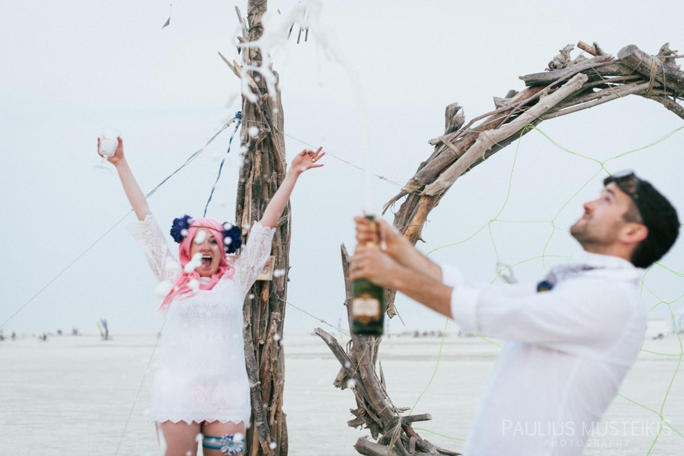 burning_man_wedding_photography_desert_Playa_wedding_photojournalism_DSC_4769