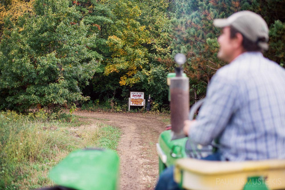farm_wedding_photography_Madison_WI_by_Queens_And_Hearts_wedding_photography_10052013-0921