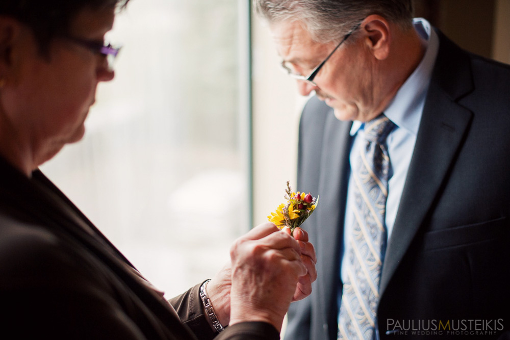 farm_wedding_photography_Madison_WI_by_Queens_And_Hearts_wedding_photography_10052013-7410