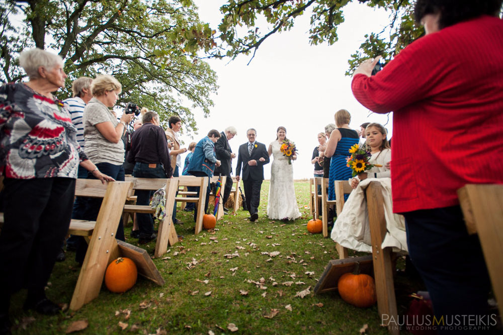 farm_wedding_photography_Madison_WI_by_Queens_And_Hearts_wedding_photography_10052013-7597