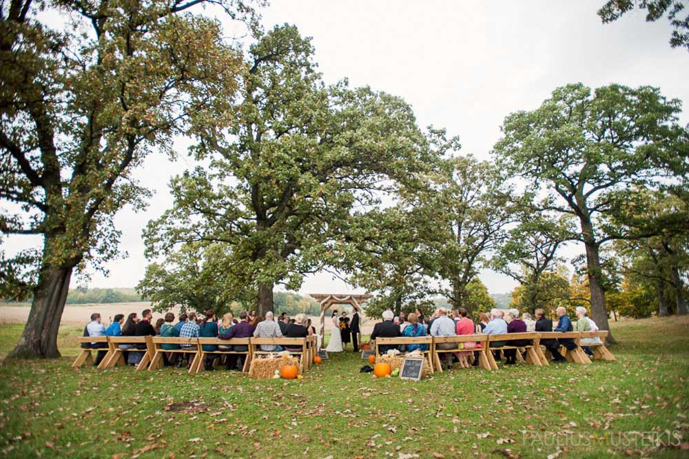 farm_wedding_photography_Madison_WI_by_Queens_And_Hearts_wedding_photography_10052013-7600