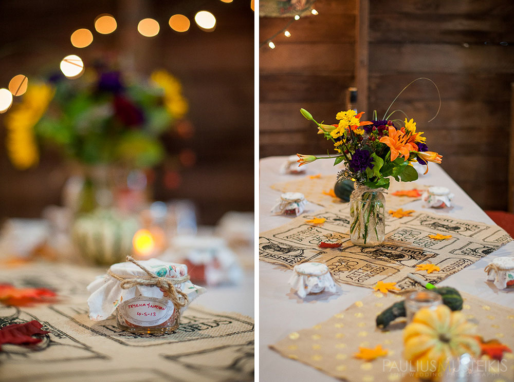 farm_wedding_photography_Madison_WI_by_Queens_And_Hearts_wedding_photography_barn_flowers_10052013-7680