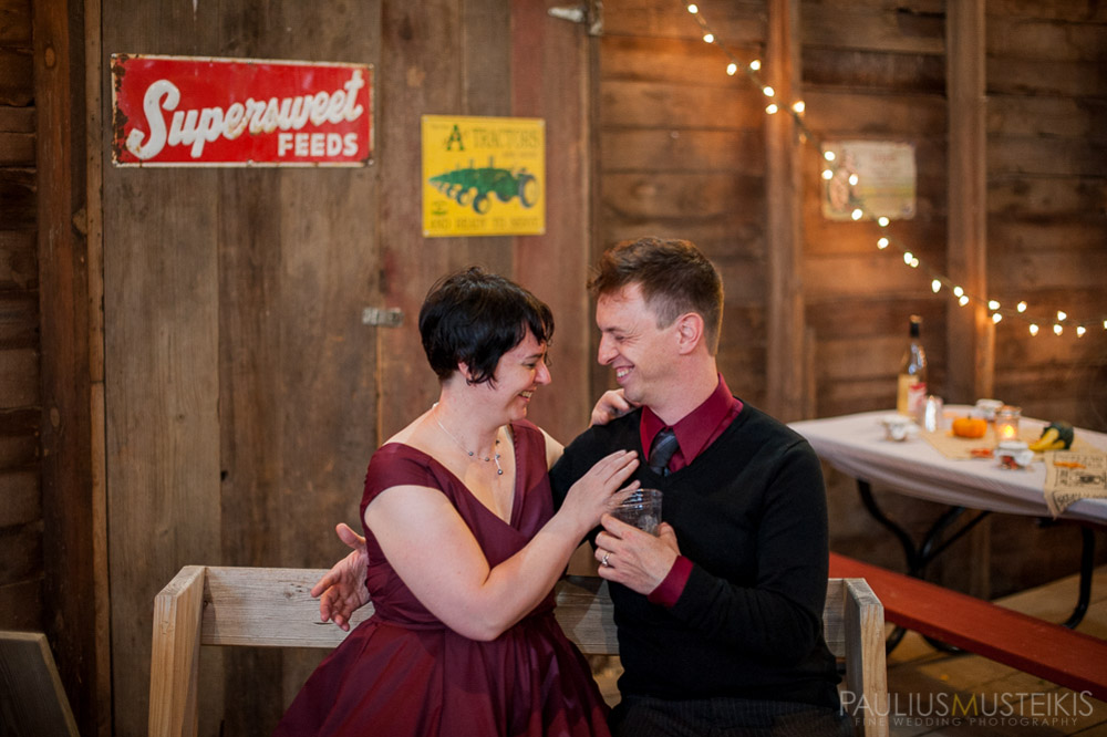 farm_wedding_photography_Madison_WI_by_Queens_And_Hearts_wedding_photography_10052013-7698