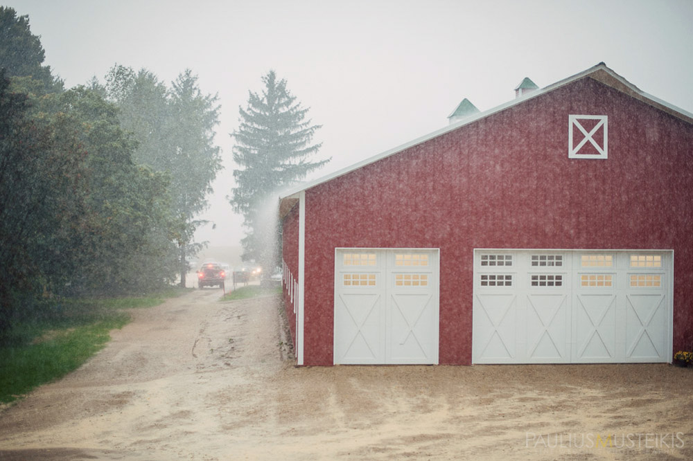 farm_wedding_photography_Madison_WI_by_Queens_And_Hearts_wedding_photography_10052013-7720