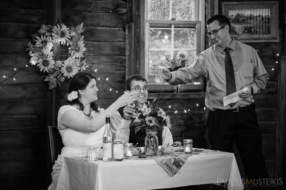 farm_wedding_photography_Madison_WI_by_Queens_And_Hearts_wedding_photography_10052013-8059