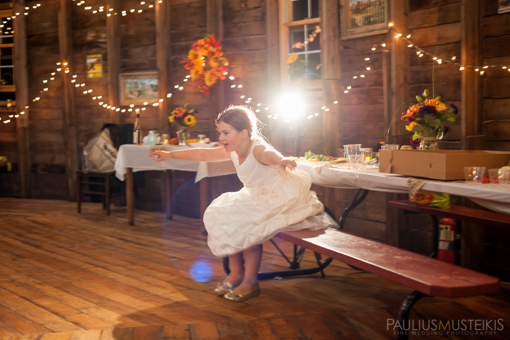 farm_wedding_photography_Madison_WI_by_Queens_And_Hearts_wedding_photography_10052013-8473