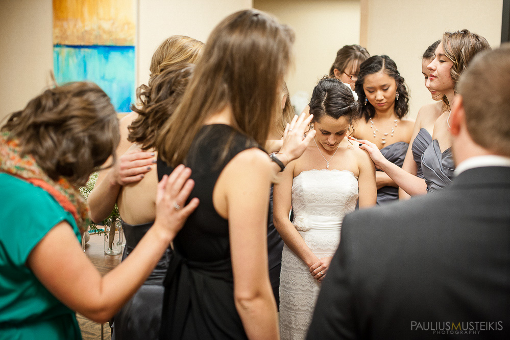 candid_wedding_photography_Madison_WI_by_Paulius_Musteikis_Photyography-0163