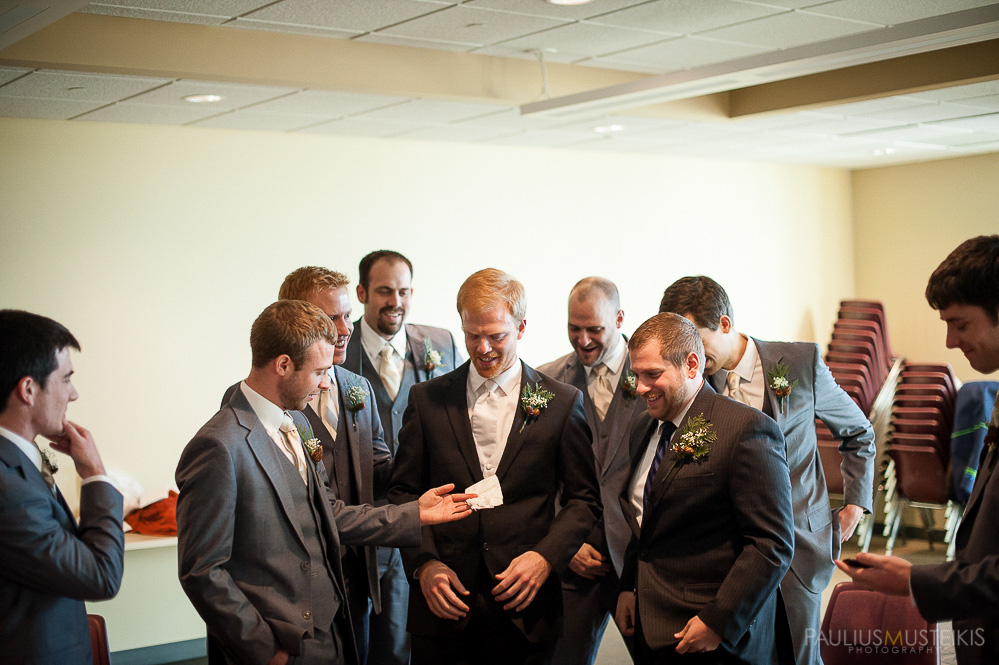 candid_wedding_photography_Madison_WI_by_Paulius_Musteikis_Photyography-0177