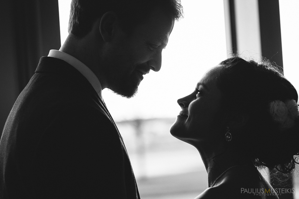 candid_wedding_photography_Madison_WI_by_Paulius_Musteikis_Photyography-0434