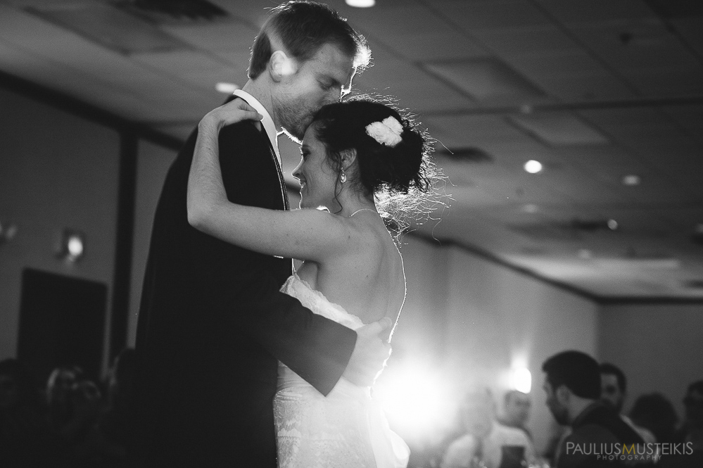 candid_wedding_photography_Madison_WI_by_Paulius_Musteikis_Photyography-0568