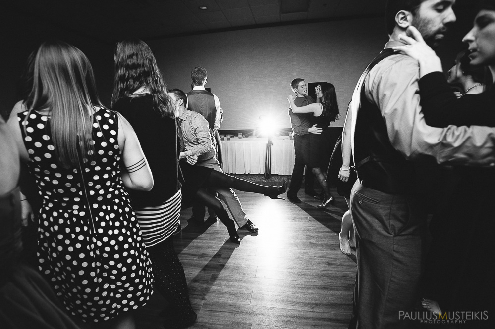 candid_wedding_photography_Madison_WI_by_Paulius_Musteikis_Photyography-0651