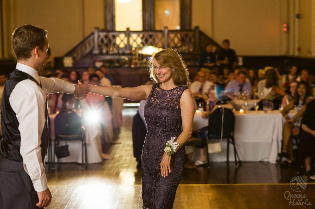 Devin_Joe_Dekoven_Center_wedding_Racine_Queens_Hearts_wedding_Photography-0466