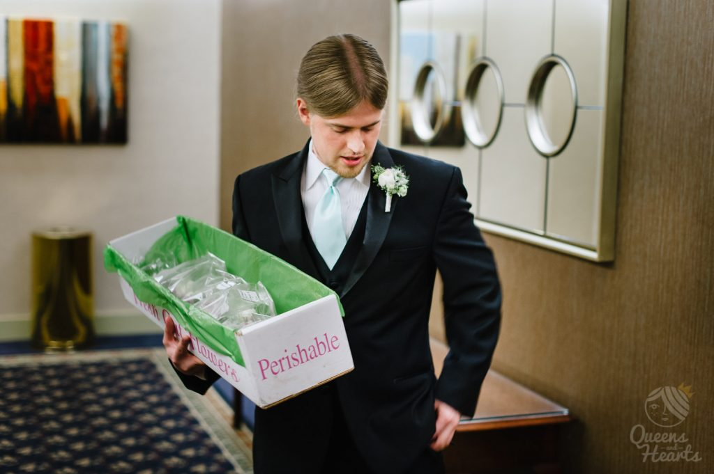 Lidsey_Ben_The_Madison_Concourse_Hotel_wedding_by_Queens_Hearts_Photography-0030
