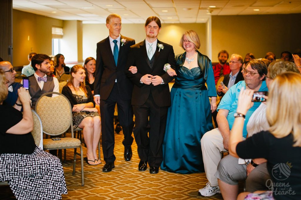 Lidsey_Ben_The_Madison_Concourse_Hotel_wedding_by_Queens_Hearts_Photography-0069