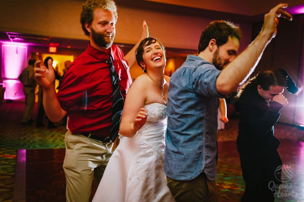 Lidsey_Ben_The_Madison_Concourse_Hotel_wedding_by_Queens_Hearts_Photography-0408