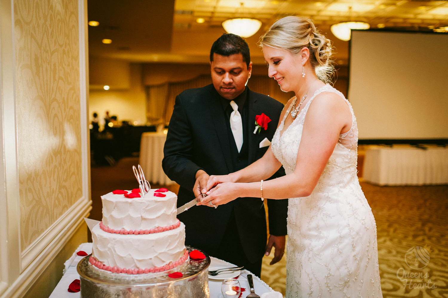 Concourse_hotel_High_Point_church_wedding_photography_Sally_Sunil_by_Queens_Hearts_Photography-0358